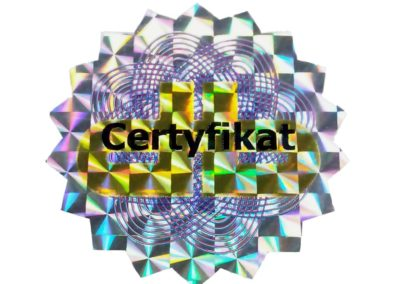 Certficate on prismatic foil with macro-hologram