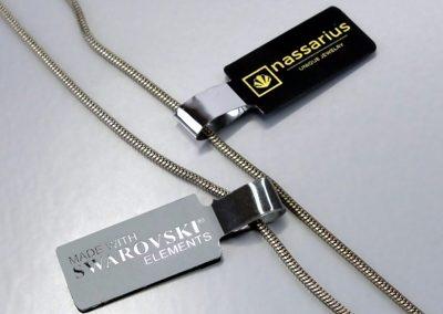 Elegant metallic jewellery tags